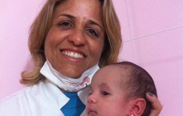Meu Primeiro Brinquinho: Lorena presente da mamãe Airla